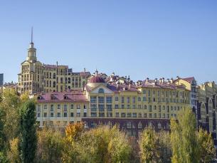 МФК Маршал  у м.Октябрьское поле